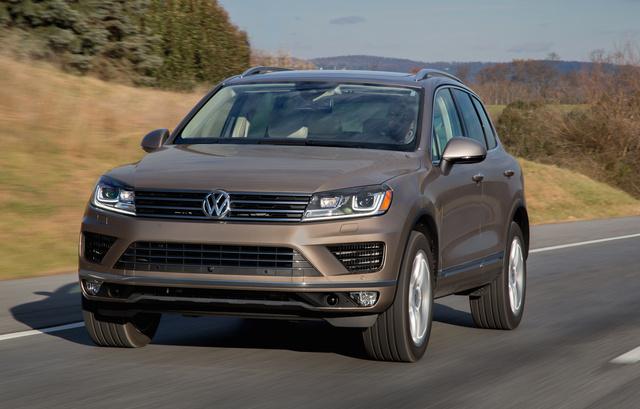 2016 Volkswagen Touareg, Front-quarter view., exterior, manufacturer, gallery_worthy