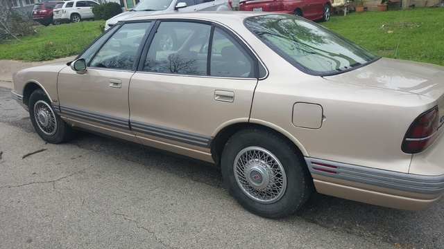 Picture of 1995 Oldsmobile Eighty-Eight Royale 4 Dr LS Sedan
