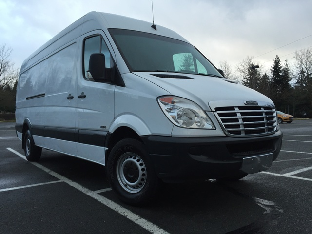 Picture of 2011 Mercedes-Benz Sprinter Cargo 2500 170 WB Cargo Van