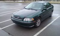 2000 Volvo S40 Picture Gallery
