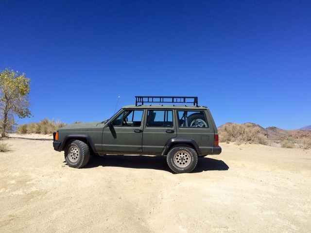 Picture of 1991 Jeep Cherokee