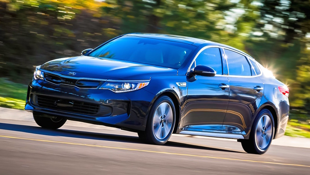 2017 Kia Optima Hybrid, Front-quarter view., exterior, manufacturer, gallery_worthy