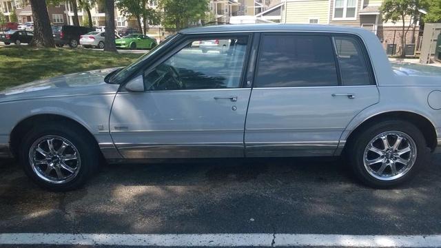 Picture of 1990 Oldsmobile Ninety-Eight 4 Dr Regency Brougham Sedan