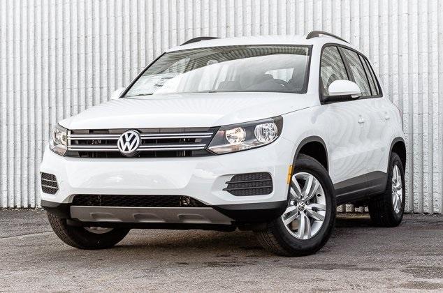 Picture of 2016 Volkswagen Tiguan S