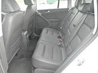 Picture of 2016 Volkswagen Tiguan S, interior