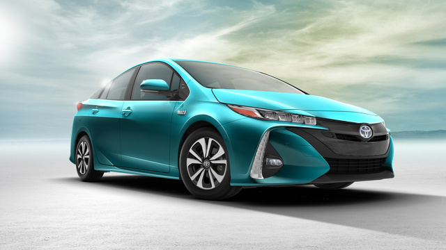 2017 Toyota Prius Prime front-quarter view, exterior, manufacturer, gallery_worthy