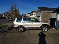 Picture of 2002 Isuzu Trooper 4 Dr Limited 4WD SUV, exterior