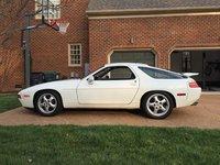 1994 Porsche 928 Overview