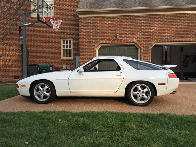 Picture of 1994 Porsche 928 GTS Hatchback