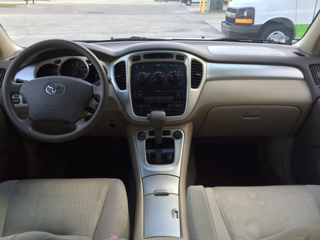 Picture of 2004 Toyota Highlander Limited V6, interior, gallery_worthy