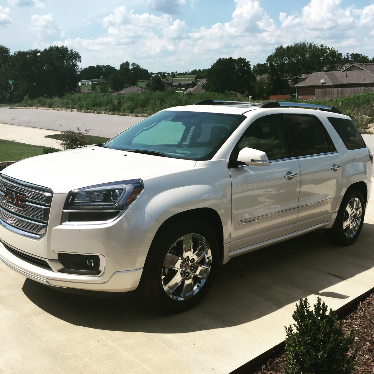 Picture of 2015 GMC Acadia Denali