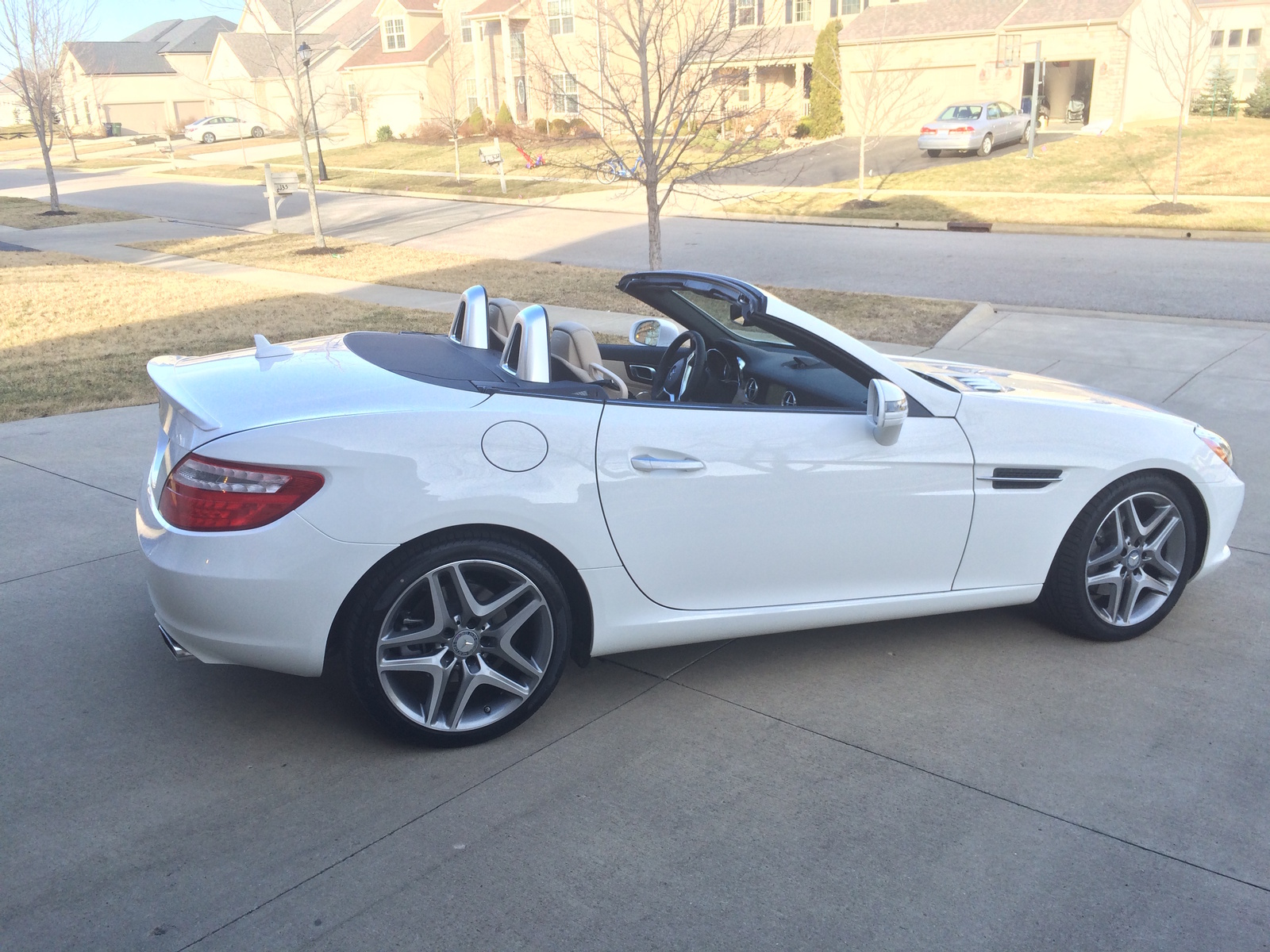2016 mercedes benz slk class for sale in your area cargurus for Mercedes benz small car