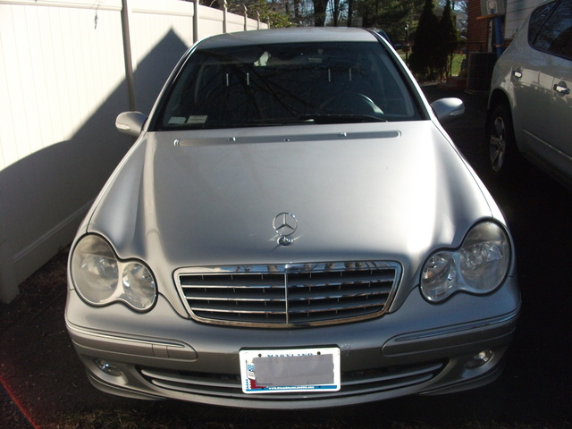 2005 mercedes benz c class pictures cargurus for Mercedes benz c class 320
