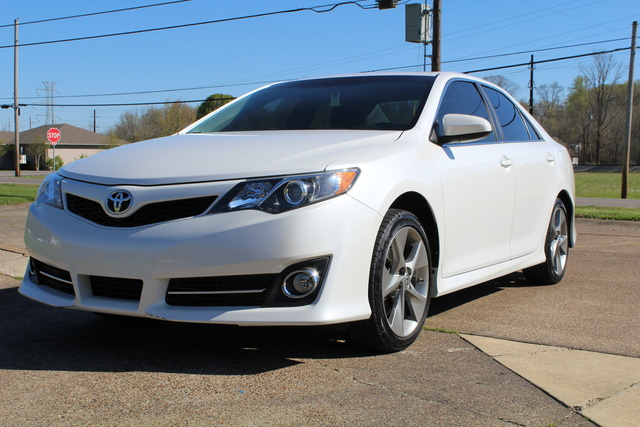 Picture of 2012 Toyota Camry SE Sport Limited Edition, gallery_worthy