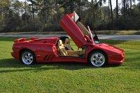 1997 Lamborghini Diablo Picture Gallery