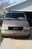 2002 GMC Safari Overview