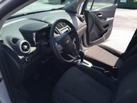 Picture of 2015 Chevrolet Trax LS, interior