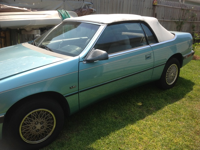 Picture of 1992 Chrysler Le Baron Base Convertible