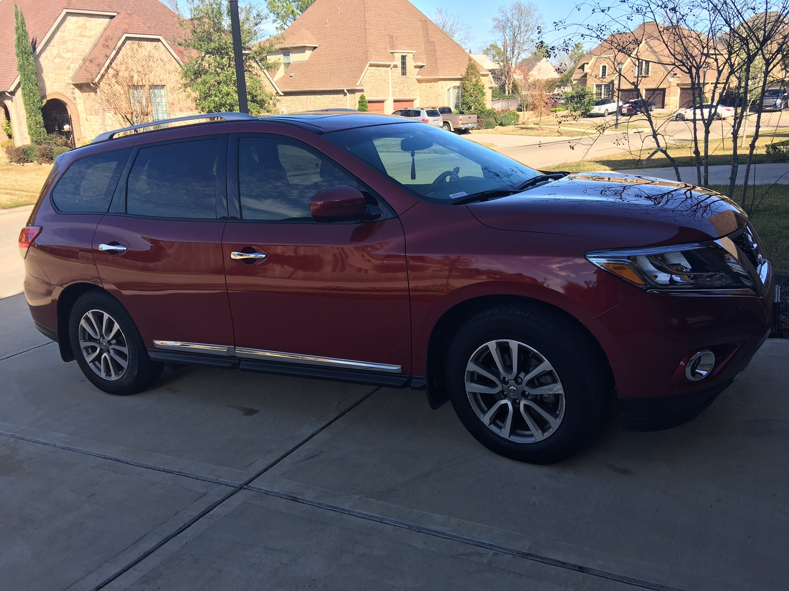 Picture of 2015 Nissan Pathfinder SL
