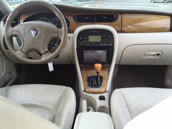 Who Owns Volvo >> 2004 Jaguar X-TYPE - Interior Pictures - CarGurus