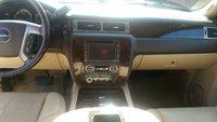 Picture of 2012 GMC Yukon Denali Hybrid, interior