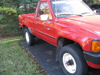 Picture of 1984 Toyota Pickup 2 Dr STD 4WD Standard Cab SB, exterior