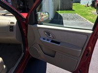 Picture of 2006 Mercury Mariner Hybrid 4WD, interior