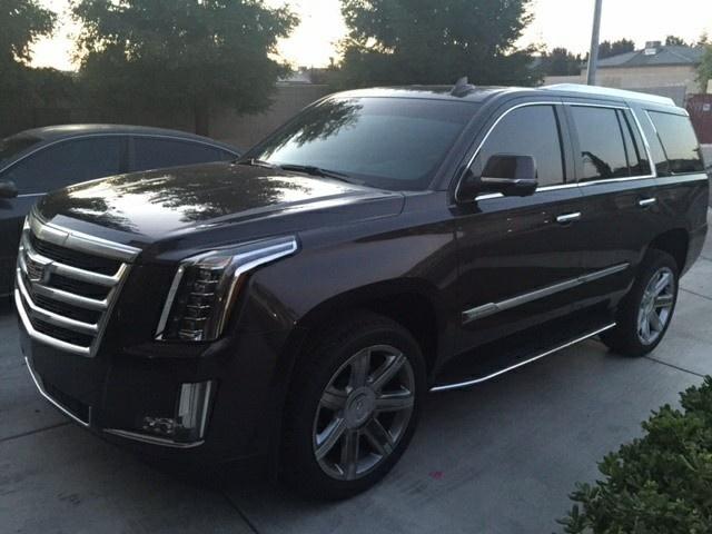Cadillac Escalade Premium Pic X
