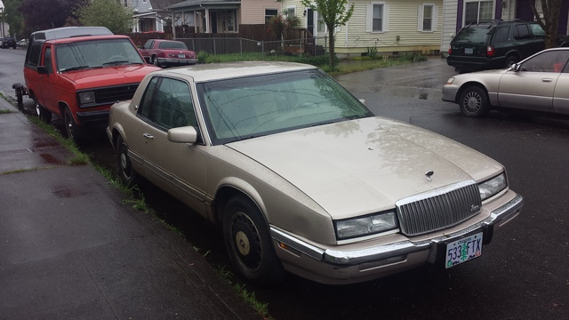 Picture of 1990 Buick Riviera STD Coupe