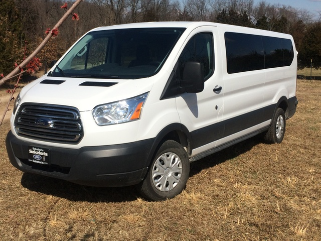 2015 ford transit passenger overview review cargurus. Black Bedroom Furniture Sets. Home Design Ideas