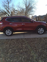 Picture of 2014 Nissan Rogue SV