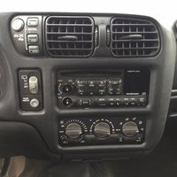 Picture of 1999 GMC Jimmy 4 Dr SLT 4WD SUV, interior