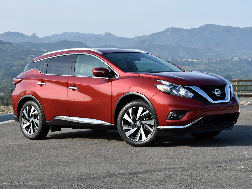 2016 Nissan Murano Platinum in Cayenne Red