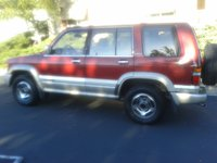 Picture of 1995 Isuzu Trooper 4 Dr Limited 4WD SUV, exterior