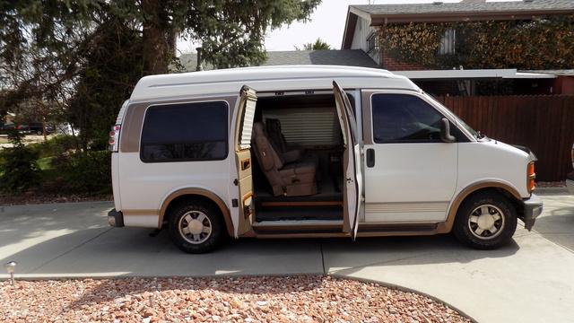 Picture of 1996 GMC Savana G1500 Passenger Van