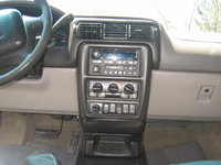 Picture of 2000 Chevrolet Venture Warner Brothers Edition, interior