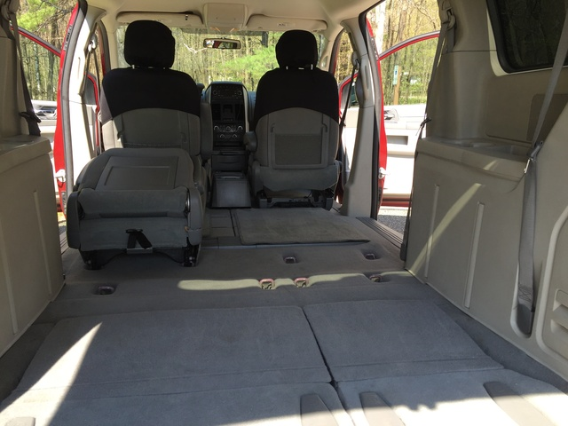 Dodge Grand Caravan Hero Pic X on 2005 Dodge Grand Caravan Value