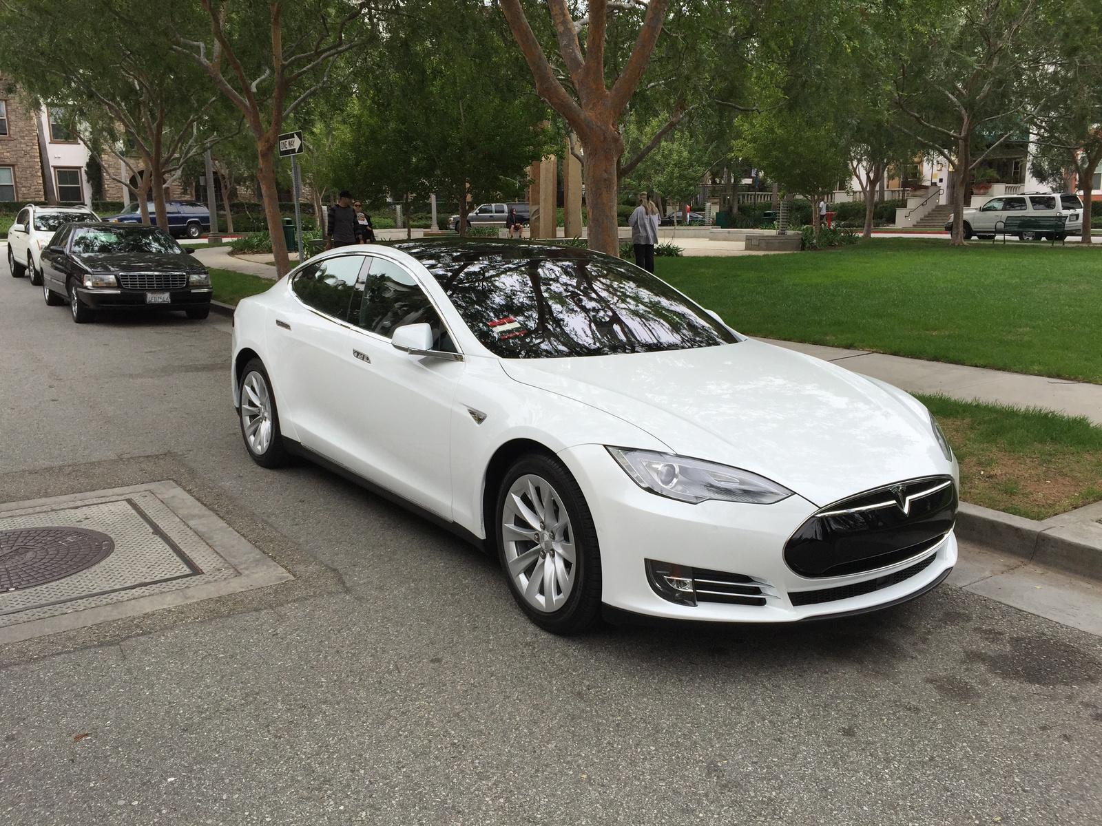 Picture of 2016 Tesla Model S 70