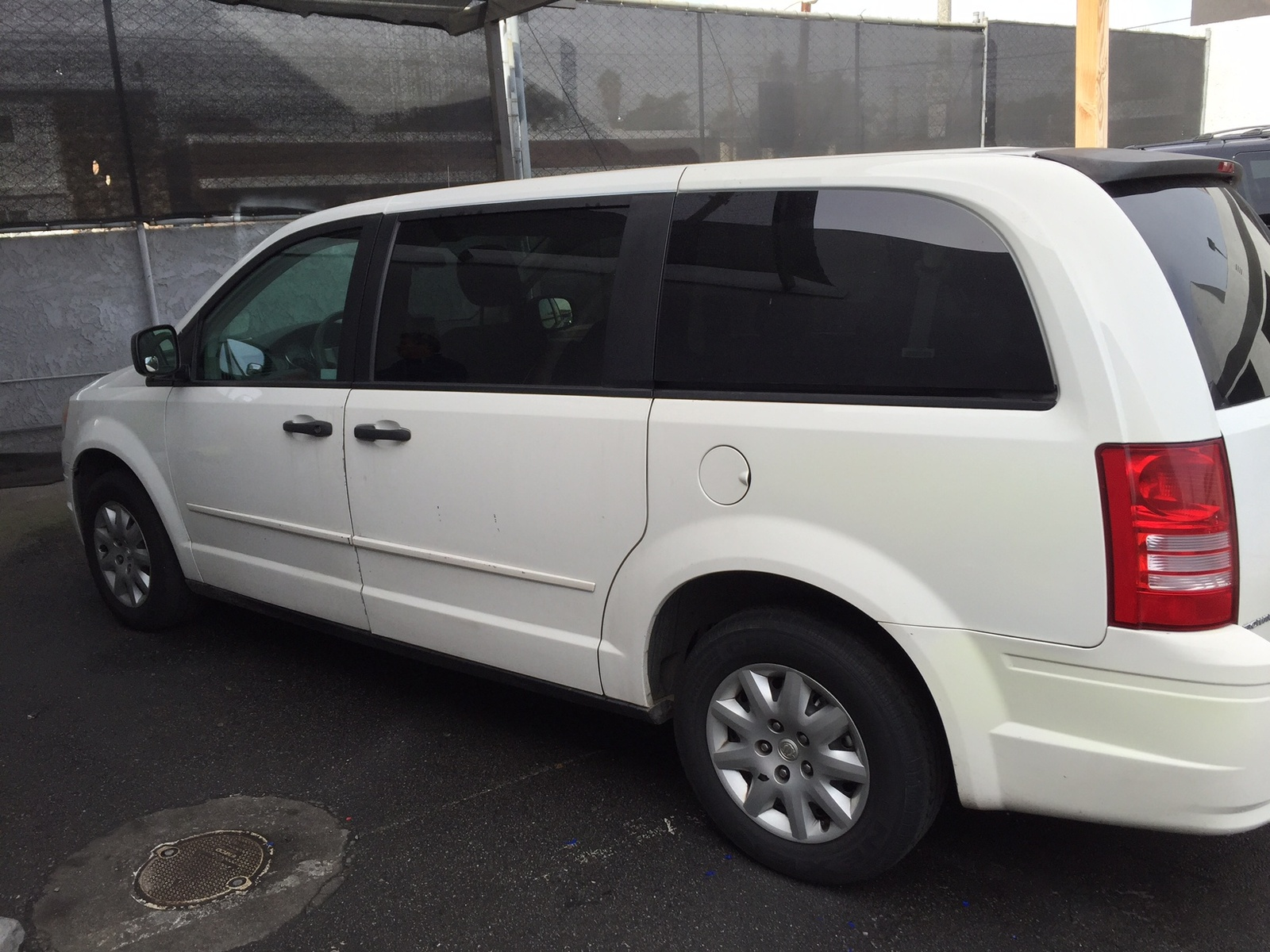 2007 chrysler town country overview cargurus. Black Bedroom Furniture Sets. Home Design Ideas