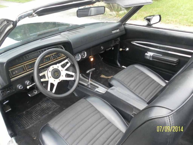 picture of 1971 ford torino gt interior