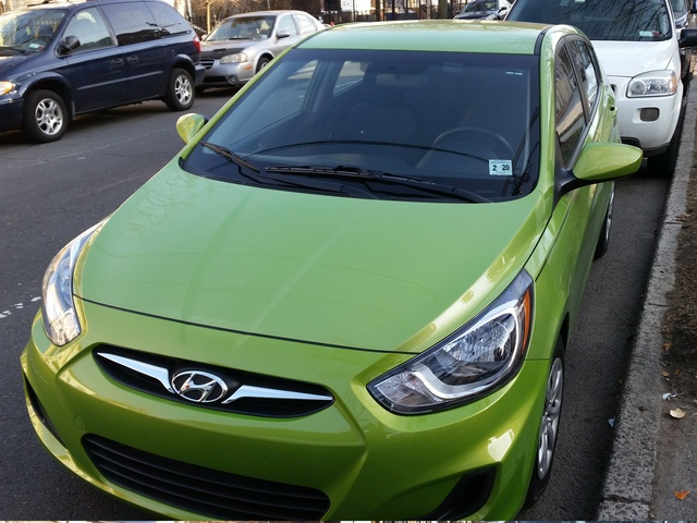 2014 hyundai accent overview review cargurus. Black Bedroom Furniture Sets. Home Design Ideas