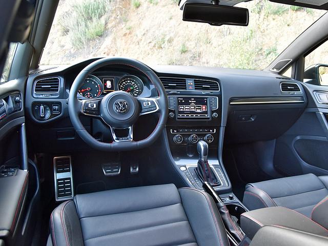 Volkswagen GTI Overview CarGurus - 2013 volkswagen golf gti interior