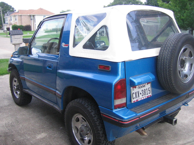 Picture of 1990 Geo Tracker 2 Dr LSi 4WD Convertible