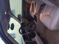 Picture of 2004 GMC Yukon SLT 4WD, interior