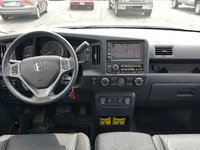 Picture of 2014 Honda Ridgeline SE, interior