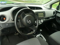 Picture of 2015 Toyota Yaris LE, interior, gallery_worthy