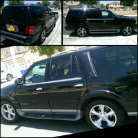 Picture of 2002 Lincoln Navigator Base, exterior
