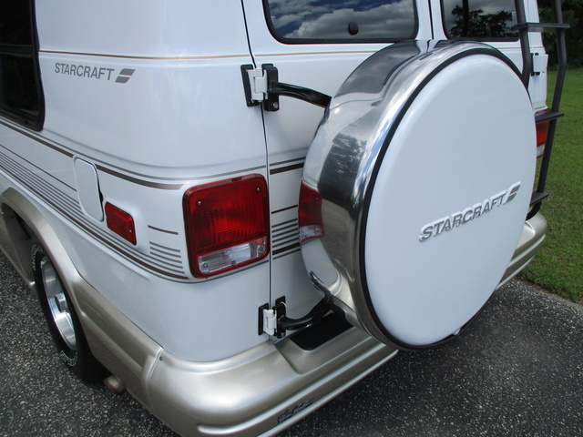 Picture of 1995 GMC Vandura G25
