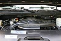 Picture of 2004 GMC Yukon XL Denali 4WD, engine