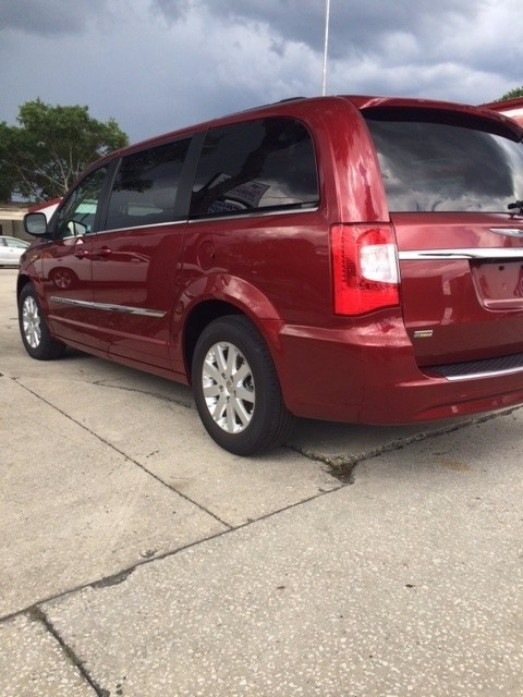 Picture of 2016 Chrysler Town & Country Touring